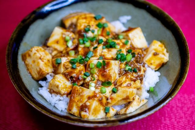 サタプラ ヘルシー豆腐丼の作り方!丸山隆平さん実践料理レシピ